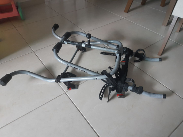 Transbike Suporte de Bicicleta para Carros Transbike Oxer Luxo - 3 Bikes