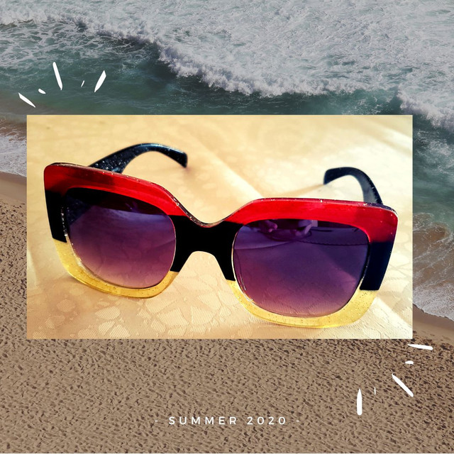 Óculos de sol feminino Nagata, multicolor glitter, Fashion Summer.
