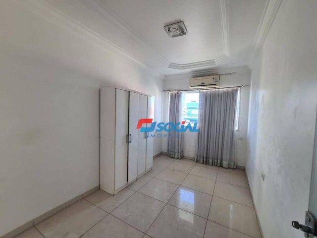 Sobrado com 5 dormitórios à venda, 300 m² por R$ 950.000,00 - Nossa Senhora das Graças - P - Foto 19