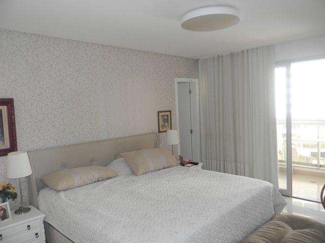Apartamento para venda possui 240 metros quadrados com 4 quartos em Enseada do Suá - Vitór - Foto 10