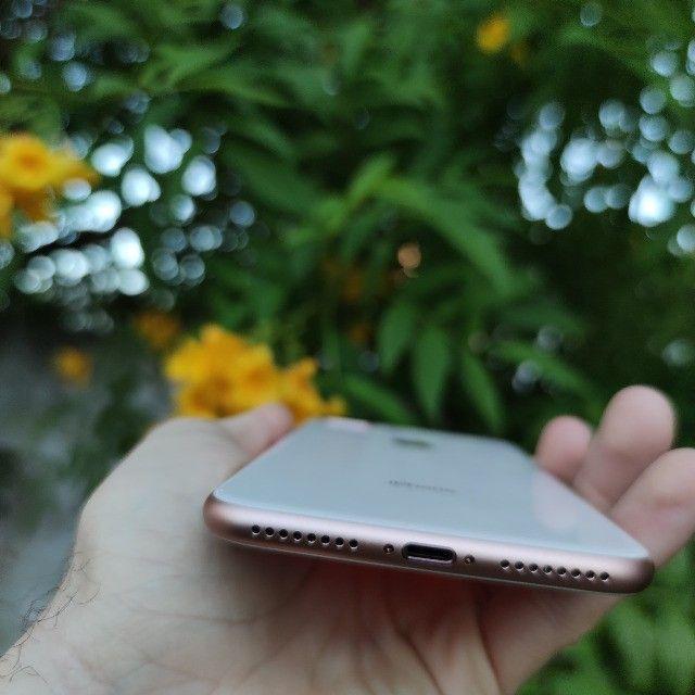 iPhone 8 Plus 256GB Gold impecável!! 12x 287 no cartão - Foto 5