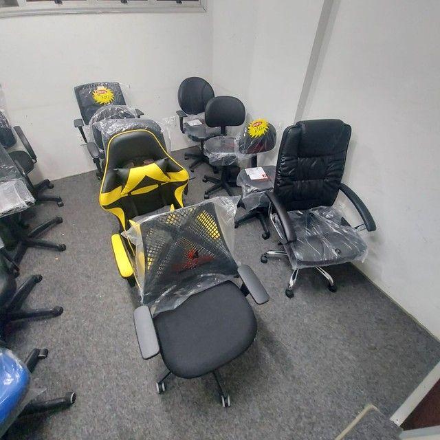 Cadeira Nova Garantia Rodinha Giratória Diretor Tela - Foto 5