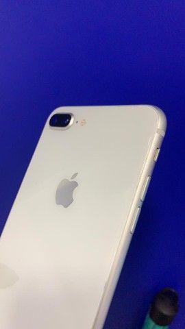 iPhone 8plus de 64 gb novo de vitrine