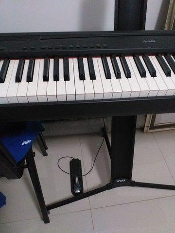Piano Eletrônico Yamaha P95 - Foto 2