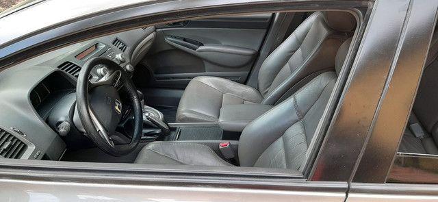 Honda Civic automático 2011 LXL FLEX - Foto 14