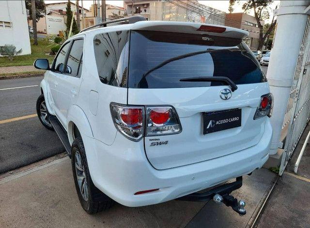 Toyota Hilux SW4 2.7 16V SR Flex Automático 5 lugares 2013 - Foto 3
