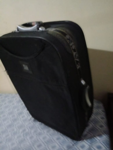 Vendo três malas de viagens por 180!!! - Foto 3