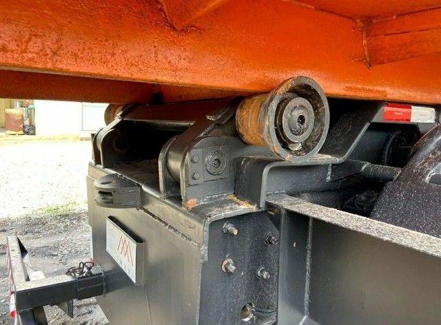 Caminhão Caçamba - Foto 12