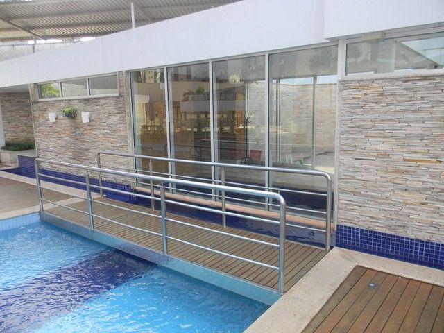 Apartamento para venda possui 240 metros quadrados com 4 quartos em Enseada do Suá - Vitór - Foto 17