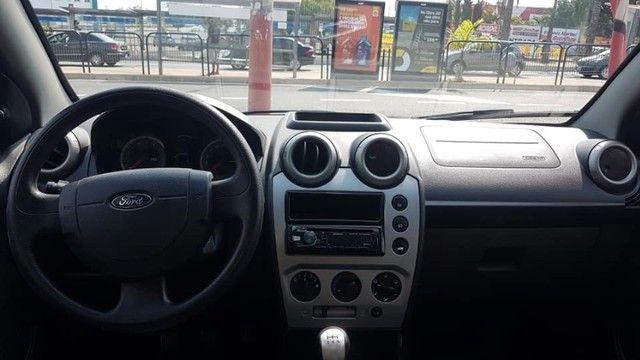 Ford Fiesta Class Hatch 1.6 2014 - Flex - Apenas 80.000KM - - Foto 6