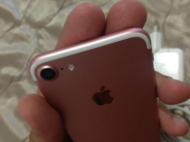 IPhone 7 rosé 128gb completo / troco por 8 por 7 outra cor!