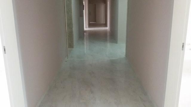 Prédio com elevador aptos 2 quarto, pronto para morar, fica na avenida com acesso a pra - Foto 14