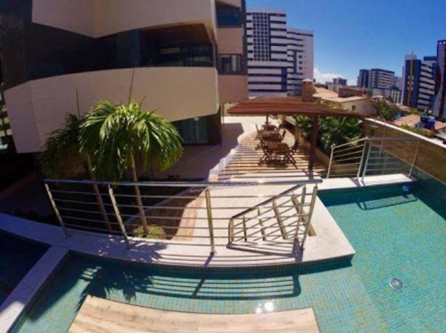 Apartamento novo na Ponta Verde