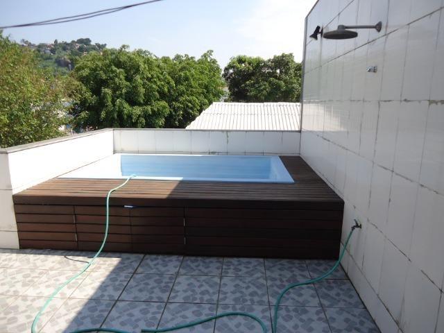 Excelente casa triplex com piscina - Foto 15
