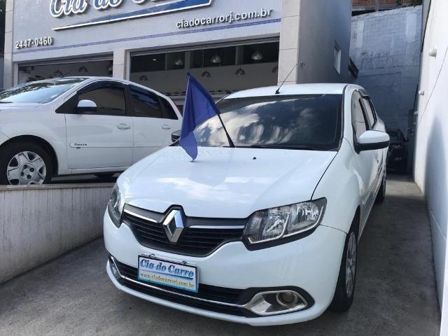 Renault Logan Expression 1.6 com GNV - Foto 2