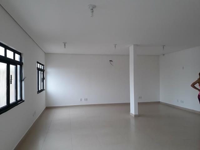 Edifício Comercial - Foto 2