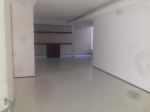 Duplex no Lago Jacarey, 9 Quartos, 7 Suítes, DCE, Piscina, Terreno 18 X 30, Rua Privativa - Foto 4