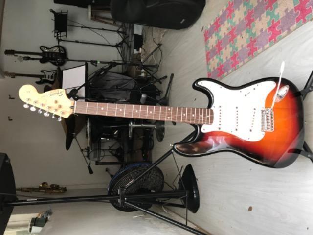 Guitarra Fender squier - Foto 2