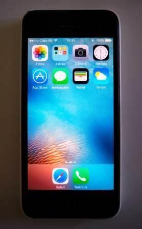 IPhone 5c branco semi-novo