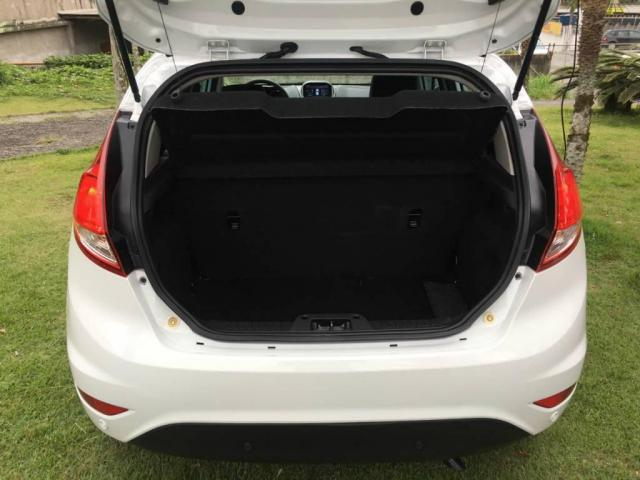 Ford New Fiesta Hatch 1.6 TITANIUM AUT IMPECÁVEL - Foto 13
