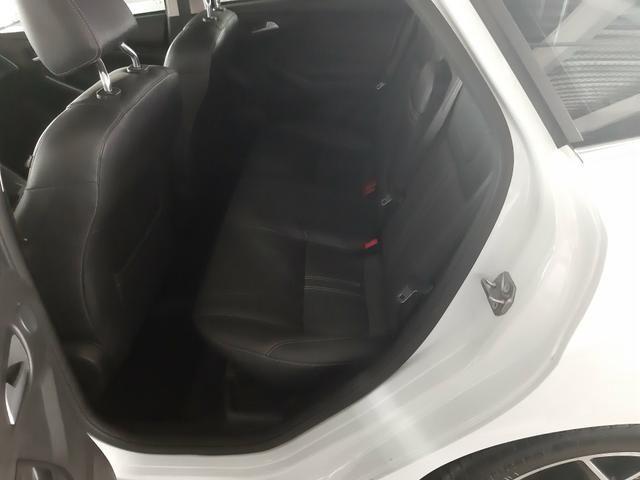 Vendo ou troco Ford Focus Sedan Titanium Automatizado 2.0 2015 77.200 km R$49.900,00 - Foto 8