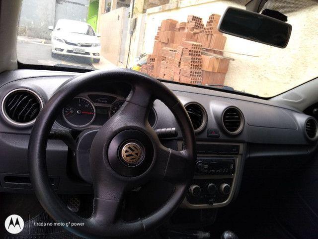 VW Voyage 1.6 2011 Prata  - Foto 4