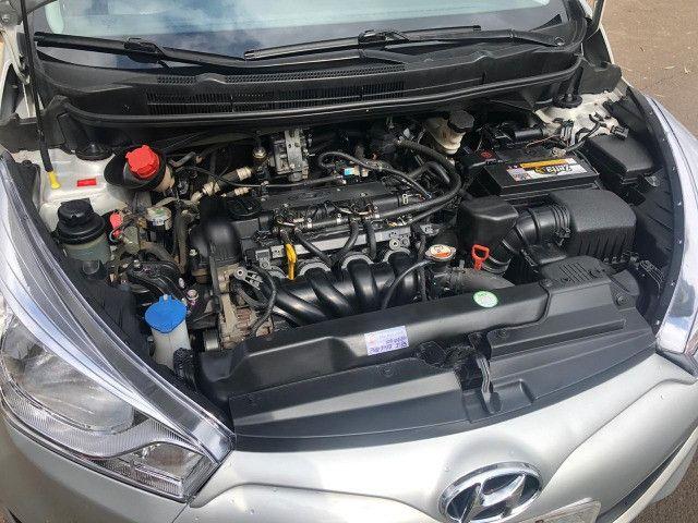 Hyundai - Hb20S 1.6 Comfort - Automático - com GNV - Foto 7