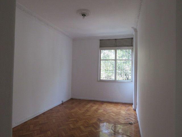 Alugo Apartamento no Catete RJ