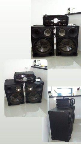 Caixa de Som Amplificada da Sony