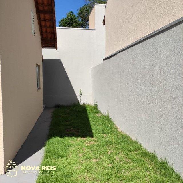 Condomínio somente com 3 casas, oferecendo muito mais espaço de terreno - Foto 2