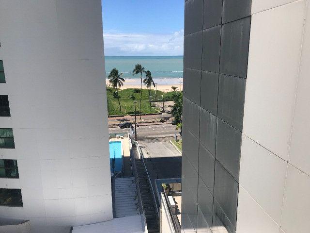 Apto frente mar no hotel 4 estrela na praia da Boa Viagem - Foto 7