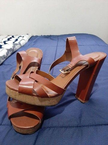 Sandálias seminovas 37 - R$20,00 cada - Foto 4