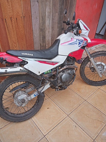 Moto XT 225 - Foto 2