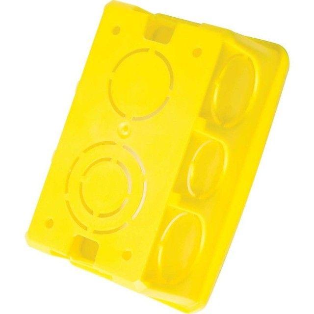 Caixa de Embutir 4x2 Retangular Amarela - Tramontina - Foto 2