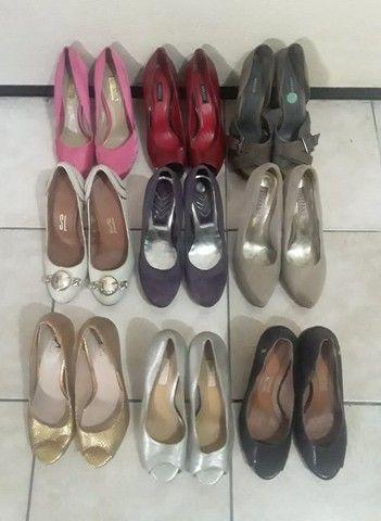 Lote de Nove Sapatos Arezzo, N. 35 Todos, 150,00 Tudo
