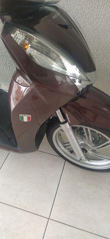 Honda sh 300i com 1600 km Garantia de fábrica - Foto 2