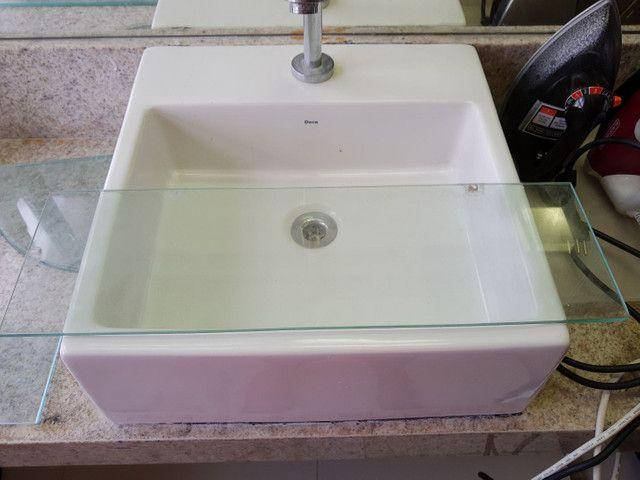Kit para banheiro c/ espelhos e prateleiras de vidro - Foto 2