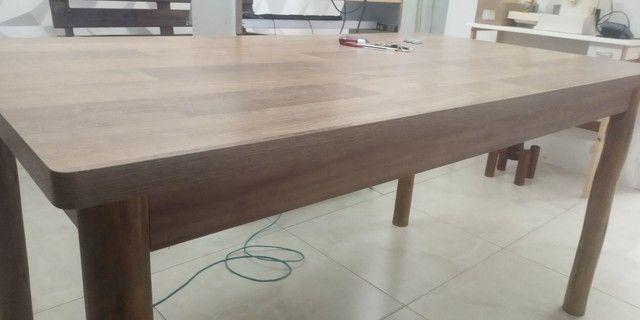 Mesa de Mdf com pés de madeira maçiça de Eucalipto - Foto 3