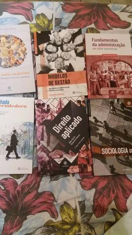 Livros didáticos de Administração