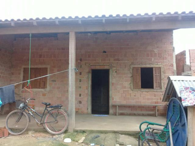 Vendo um casa em construção
