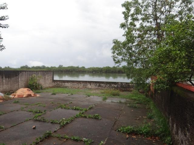 Casa fundos com a lagoa, ideal p/ quem tem lancha e jet ski - Foto 6