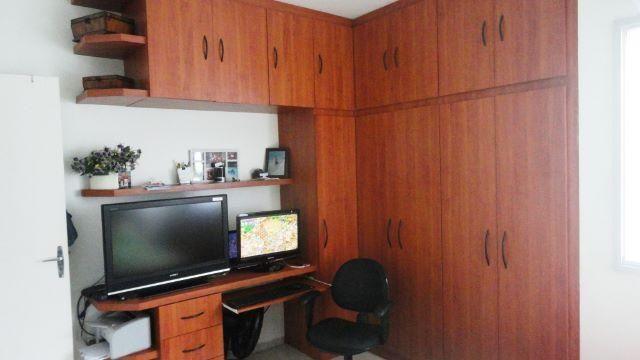Apartamento de 02 quartos em Jardim Camburi
