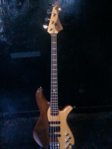 Baixo DeOliveira - Dream Bass