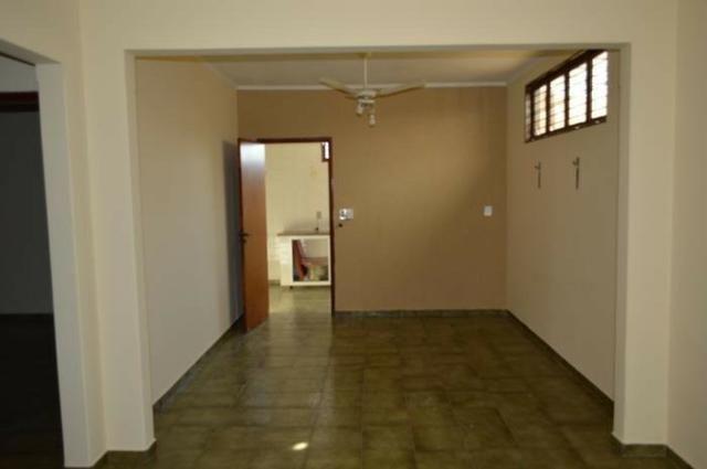 Casa em batatais,3 dormitorios,1 suite, piscina, sauna e varanda gourmet, região central - Foto 11