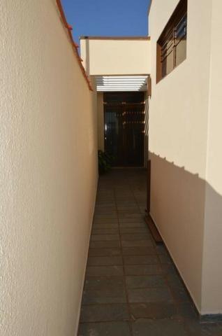 Casa em batatais,3 dormitorios,1 suite, piscina, sauna e varanda gourmet, região central - Foto 12