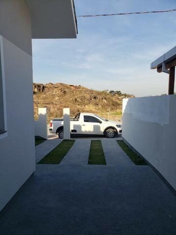 Linda Casa Geminada No Lot. Jardins 2 - Com Churrasqueira e Excelente Acabamento - Foto 15