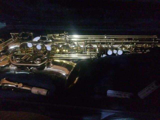 V/T saxofone