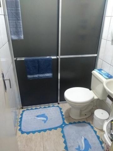 Sobrado em Pinhais vendo ou troco por casa térrea ou apartamento - Foto 7