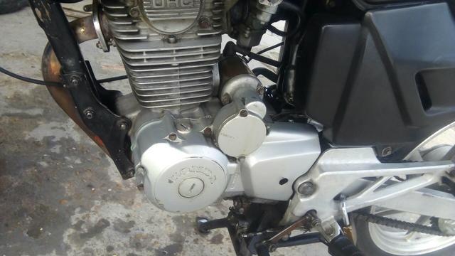 CBX 200 Strada vendo ou troco por moto ou carro em dias - Foto 5