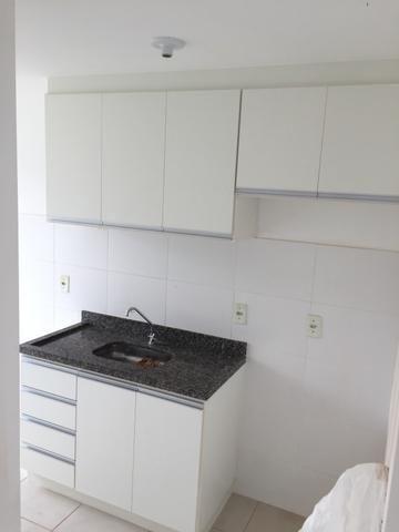 Alugo Apartamento 2 quartos, sala, cozinha, vaga de garagem - Foto 3